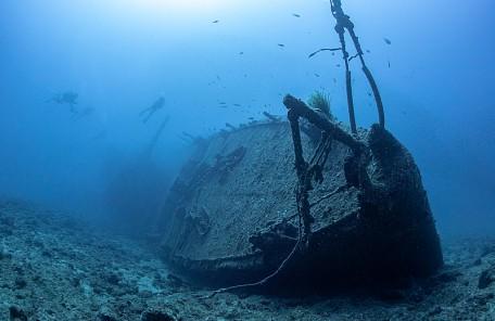 沖縄 USSエモンズ沈船ダイブ
